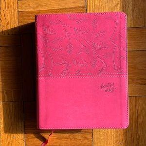 Beautiful word bible, NIV and large print version